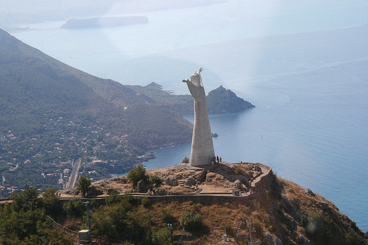 Statue of Christ - Maratea